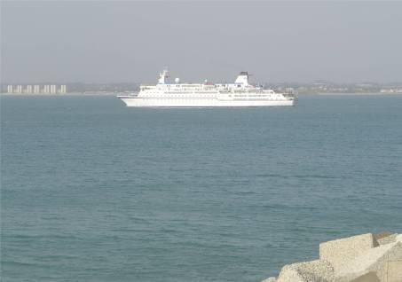 cadiz-kreuzfahrtschiff-berlin