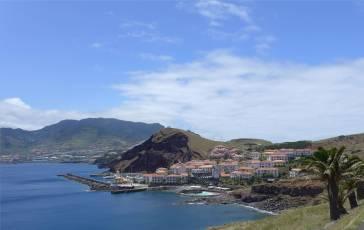 Madeira Osten Blick auf Hotel und Marina