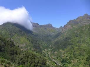 Madeira tiefe Schluchten