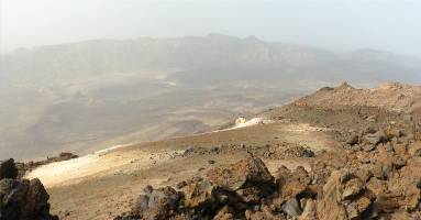 Teneriffa buntes Gestein auf dem Teide