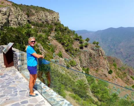 Gomera ein Aussichtspunkt jagd den nächsten