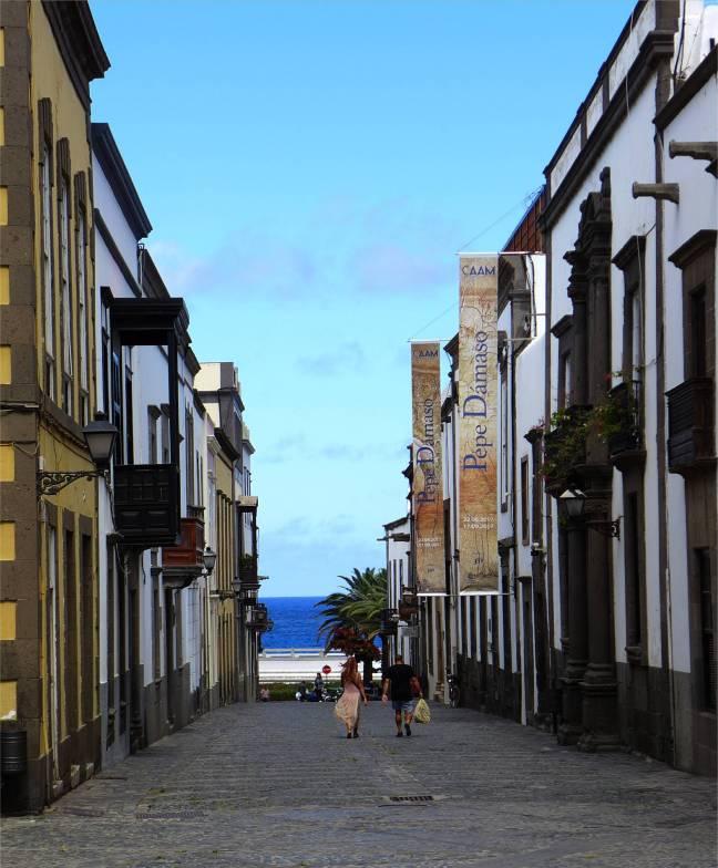 Gran Canaria Las Palmas Altstadt mit Meerblick