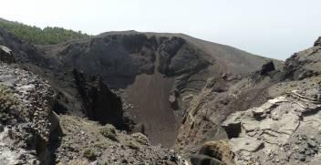 La Palma Blick in einen der Krater