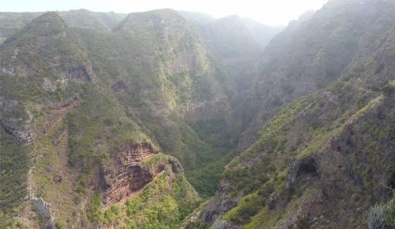 La Palma noch eine tiefe Schlucht
