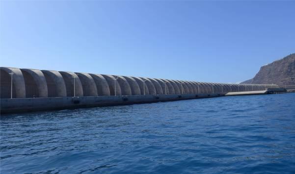 La Palma Tazacorte riesige Mole
