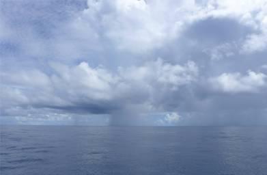 Atlantik Schauerwolken