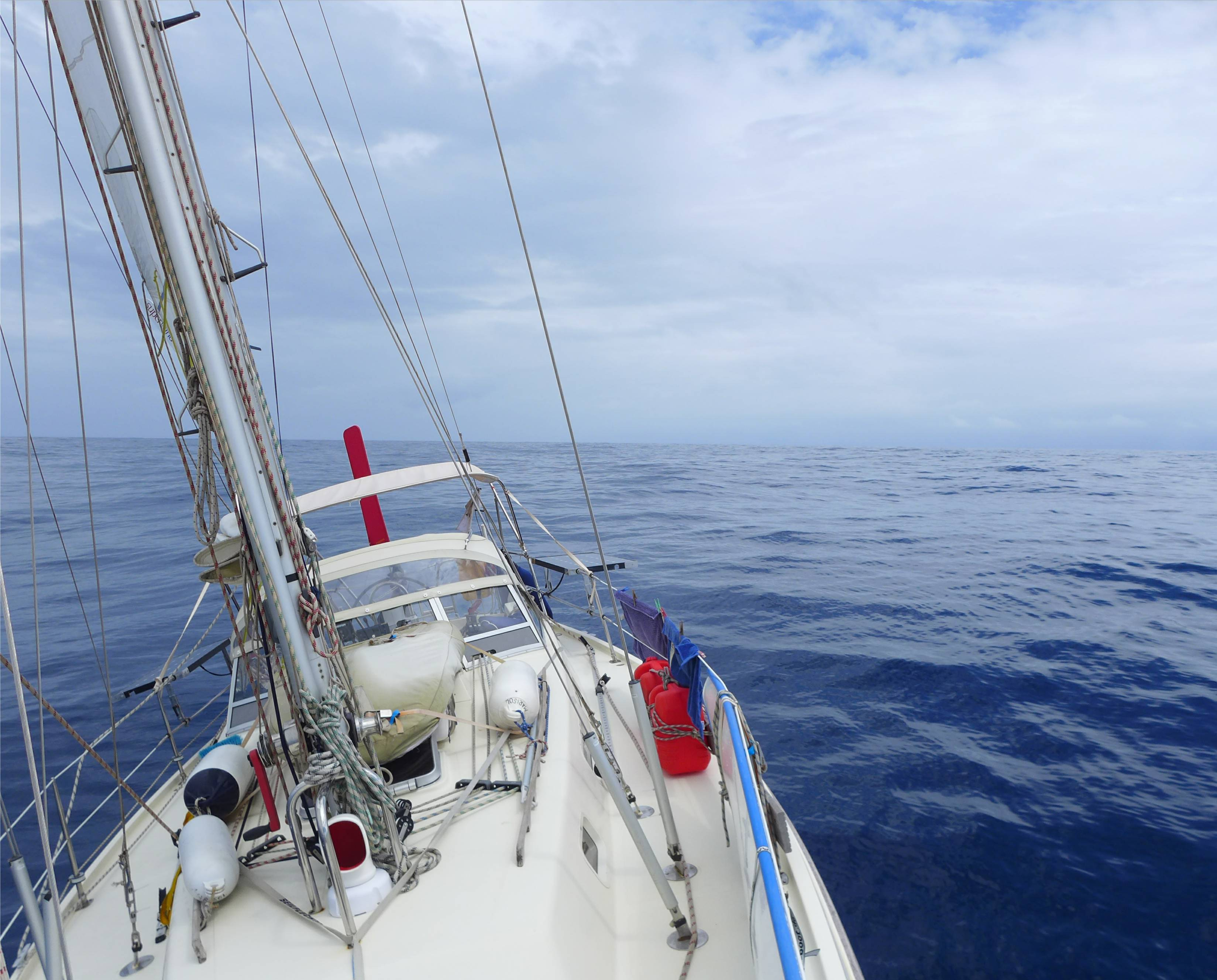 Rote hose atlantik segeln