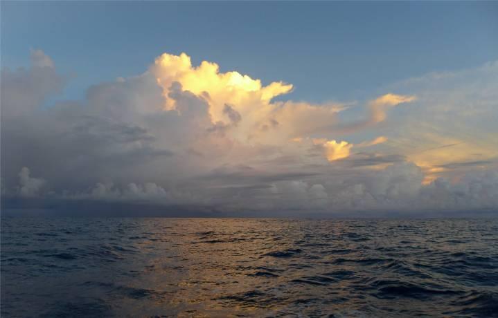 Atlantik Wolken 4
