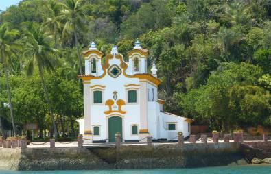 Ilha do Frade Kirche