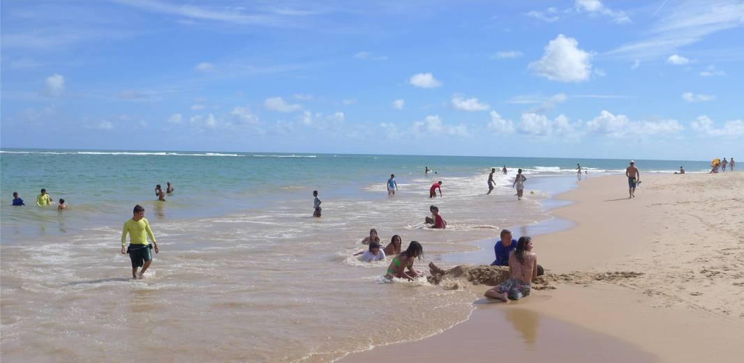 Praia do Forte Weihnachten am Strand