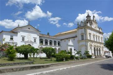 Cachoeira mal wieder Kirche und Konvent