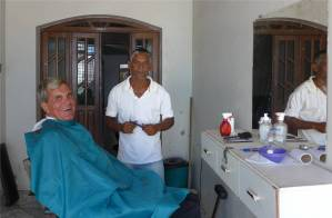 Maragogipe Nobbi beim Frisör