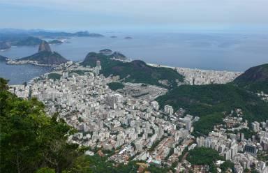 Rio Blick vom Corcovado auf den Zuckerhut