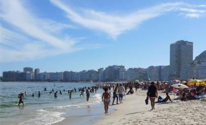 Rio Copacobana hier wird gebadet