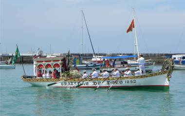 Salvador Prozession zur See