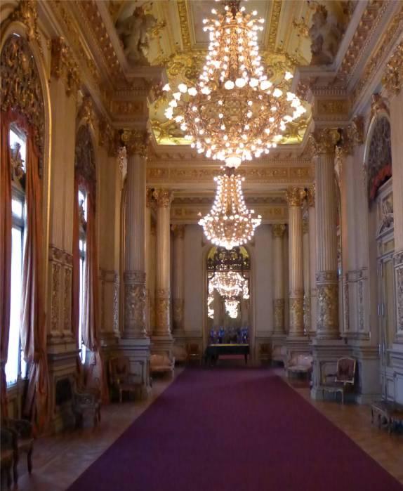 BA Teatro Colon Die Decke ist vergoldet
