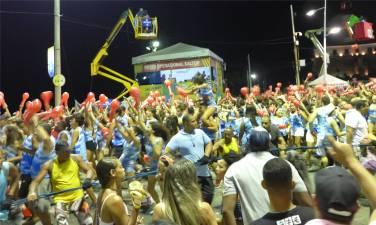 Carnaval Brasilianer im Partyrausch