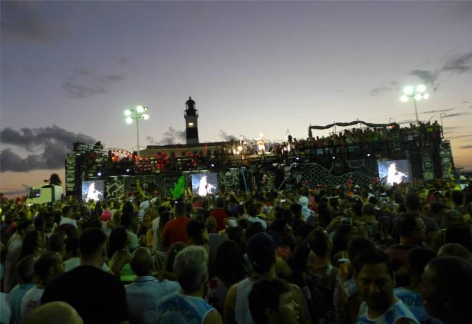 Carnaval der Zug beginnt am Leuchtturm