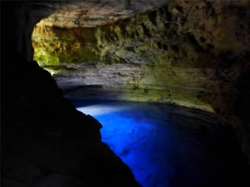 Diamantina Poco Encantada leuchtendes blau
