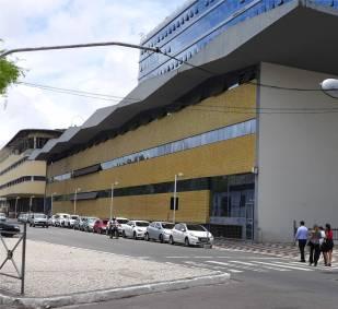 Salvador hässliches Gebäude coole Fassade 2