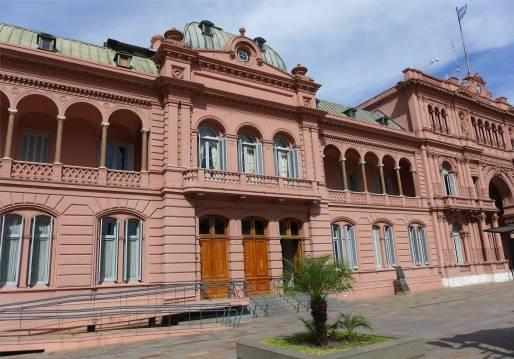 BA rosa Haus die beruehmten Balkons