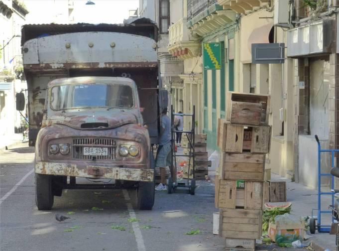 Montevideo 67 Jahre alt und noch im EInsatz