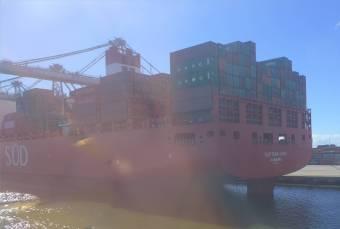Montevideo es gibt noch Schiffe mit dt Heimathafen
