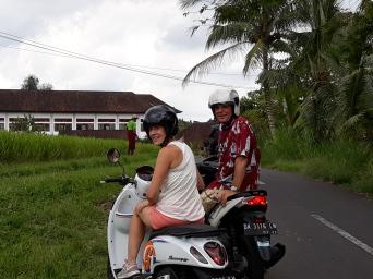 Bali die Rollerpiloten