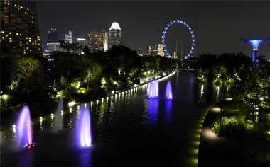 Singapore bunt beleuchtet