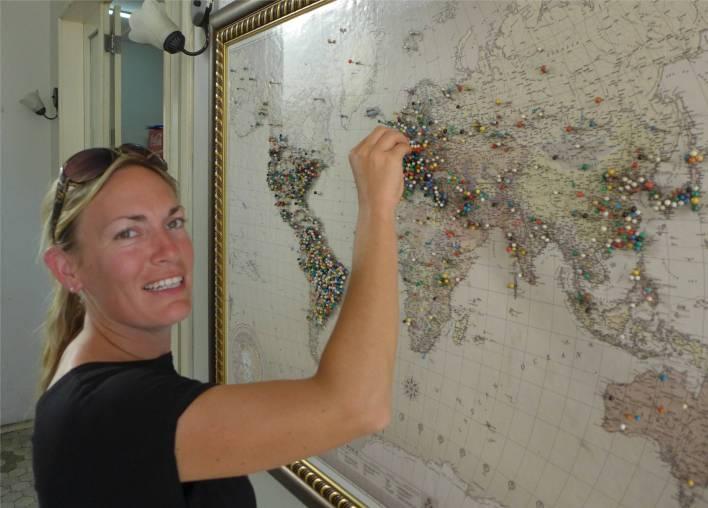 Manaus die Gäste setzen Pins in ihre Heimatländer