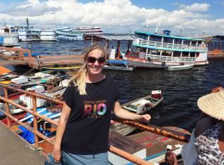 Manaus Lieferverkehr an der Markthalle