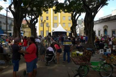 Joao Pessoa Sabadinho Bom unter den großen Bäumen