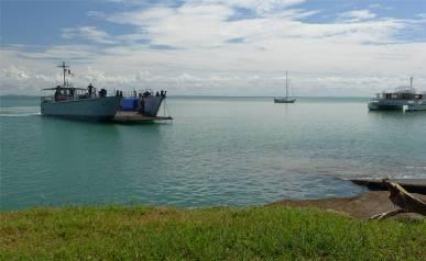 FG Iles Salut praktisch so ein Landungsboot