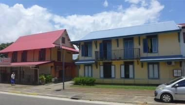 FG Kourou Es gibt auch schöne und gepflegte Häuser 3