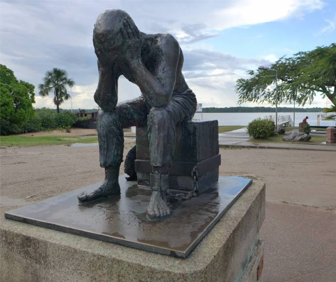 FG St Laurent Denkmal am Hafen