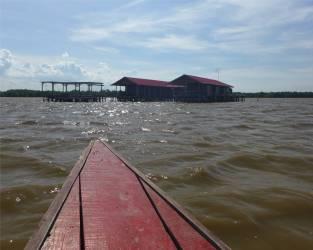 Suriname Bigi Pan Stelzenhaus