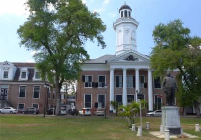Suriname Paramaribo dieser Leuchtturm ist nicht in Neuengland sondern das Finanzministerium