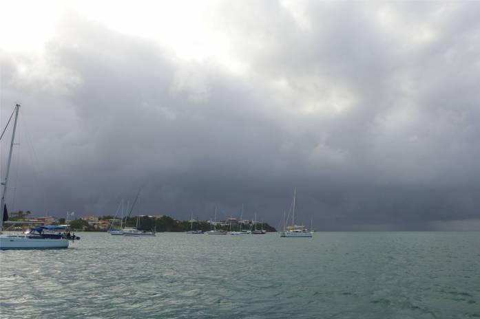 Grenada der nächste Schauer