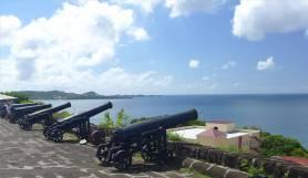 Grenada St Georges Kanonen mit Aussicht