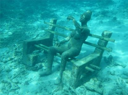 Grenada UWSkulpturen Wie spät