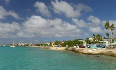 Bonaire am Wasser