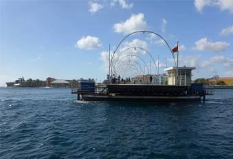 Curacao Königin Emma Brücke offen