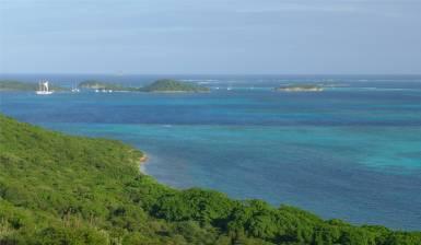 Mayreau Ausblick auf die Tobago Cays
