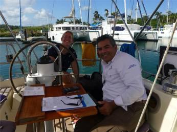 Panama der Vermesser erledigt den Papierkram