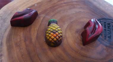 Panama Altstadt Schokolade mit Maracuja oder Ananas gefuellt