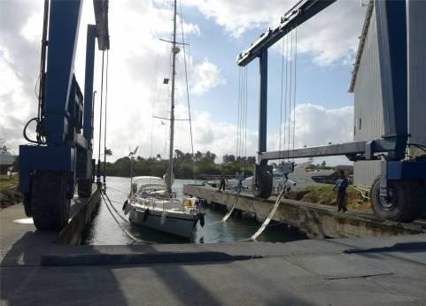 Panama SBM der Travellift wirkt etwas ueberdimensioniert