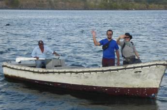 Panamakanal Cara und Thomas gehen von Bord