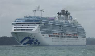 Panamakanal Kreuzfahrer