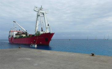 fp makemo das versorgungsschiff kommt-16963570345090389983..jpg