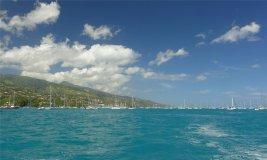 fp tahiti es sind noch einige andere segler hier3826319290697743605..jpg